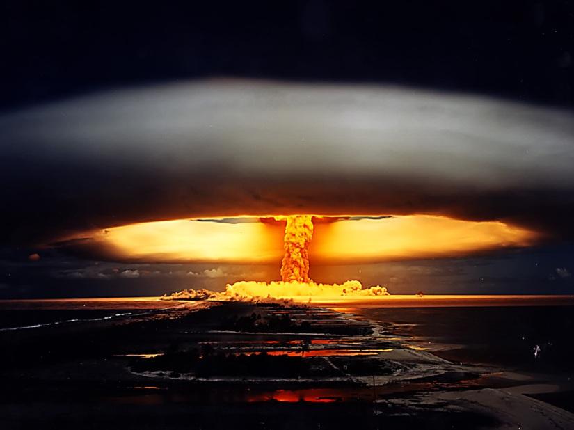 nuclear_mushroom_cloud