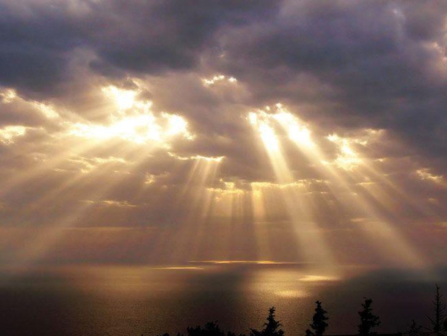 7ecc2c960705fd0c7376362c10198e1a-sunlight-heavens